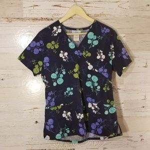 SB Scrubs navy floral scrub top
